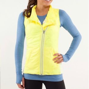 ⚡️💛 LIKE NEW Lululemon What the Fluff Vest!! 💛⚡️